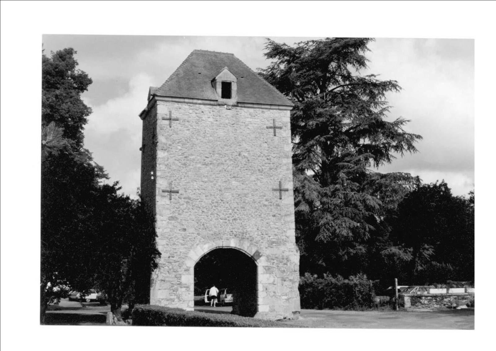 La quatrième dimension vierzonnaise : une perspective gâchée sur le château de la Noue