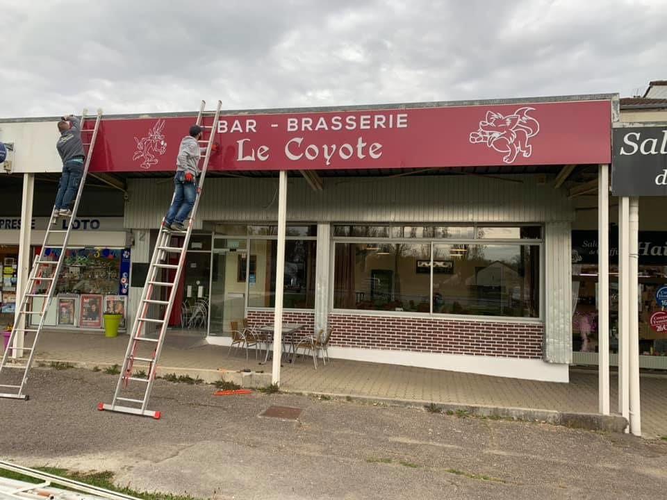 Nouveauté au centre commercial de Chaillot, l'ouverture du bar-brasserie Le Coyote !