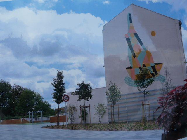 Choisissez la fresque pour la place (angle rue Voltaire)