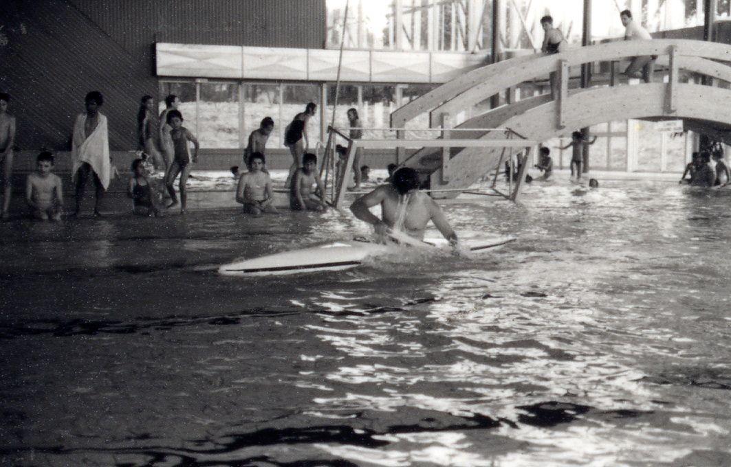 La piscine de Bellevue (fermée jusqu'au 6 octobre) a été construite en 1986