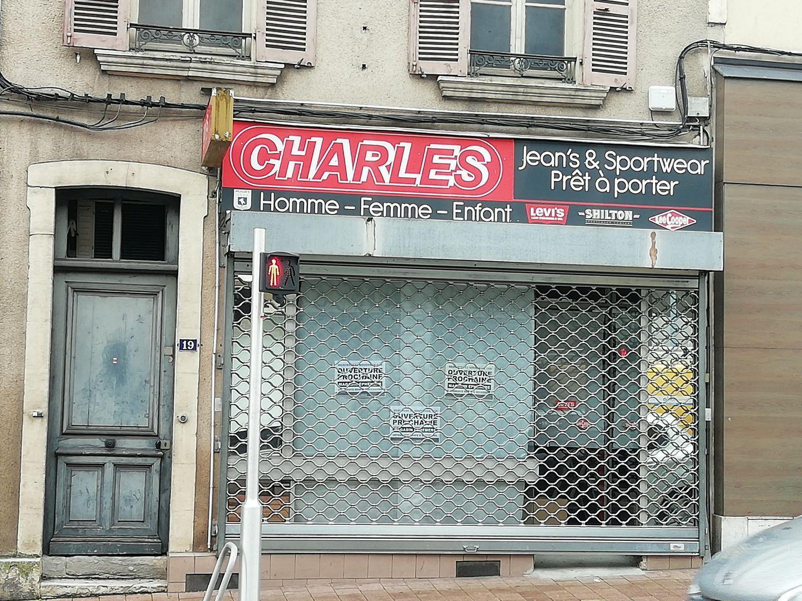 Un magasin éphémère de vêtements chez ex-Charles