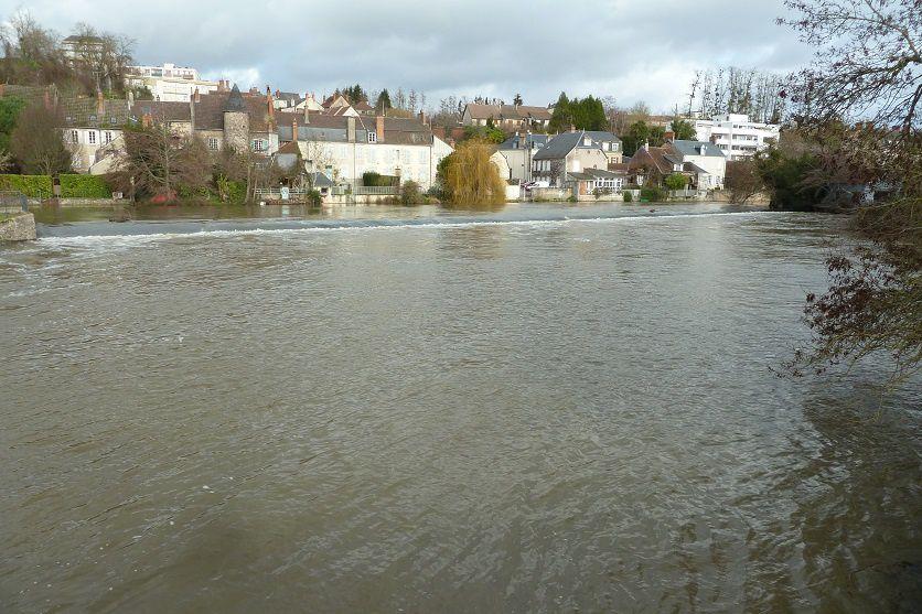 L'eau est revenue au quai du Bassin