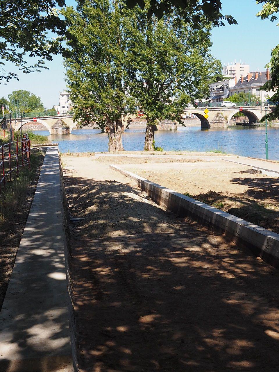 Canal à vélo : les travaux quai du Bassin