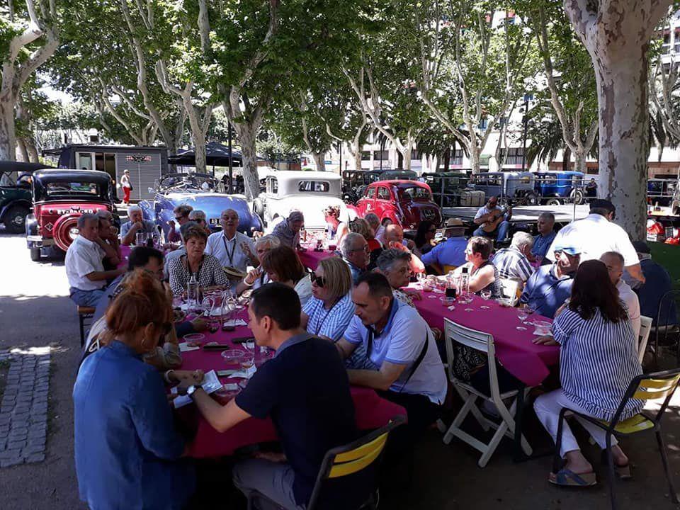 Déjeuner du Festival PAD 2018 sur les Allées Maillol à La Détente Gourmande.