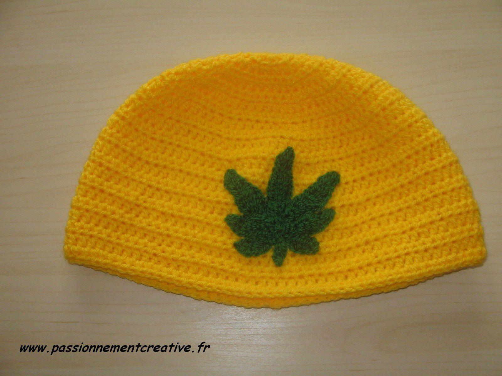 Des bonnets au crochets