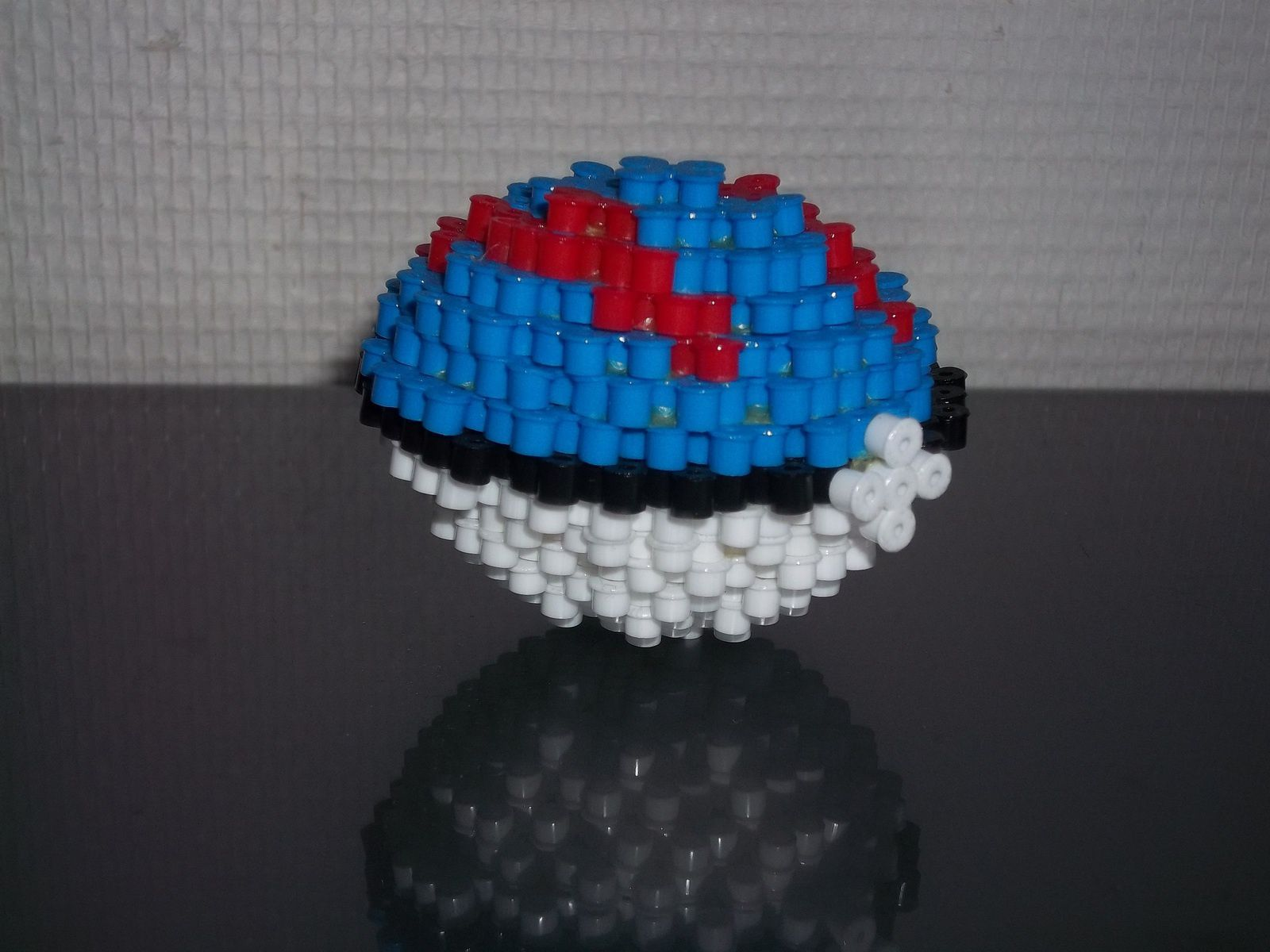 Super Pokeball en perles Hama