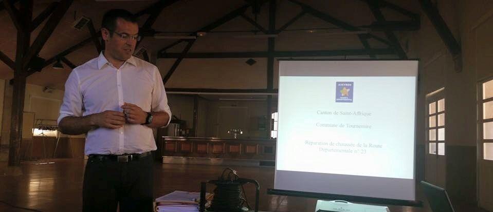 Présentation des travaux en réunion publique à Tournemire