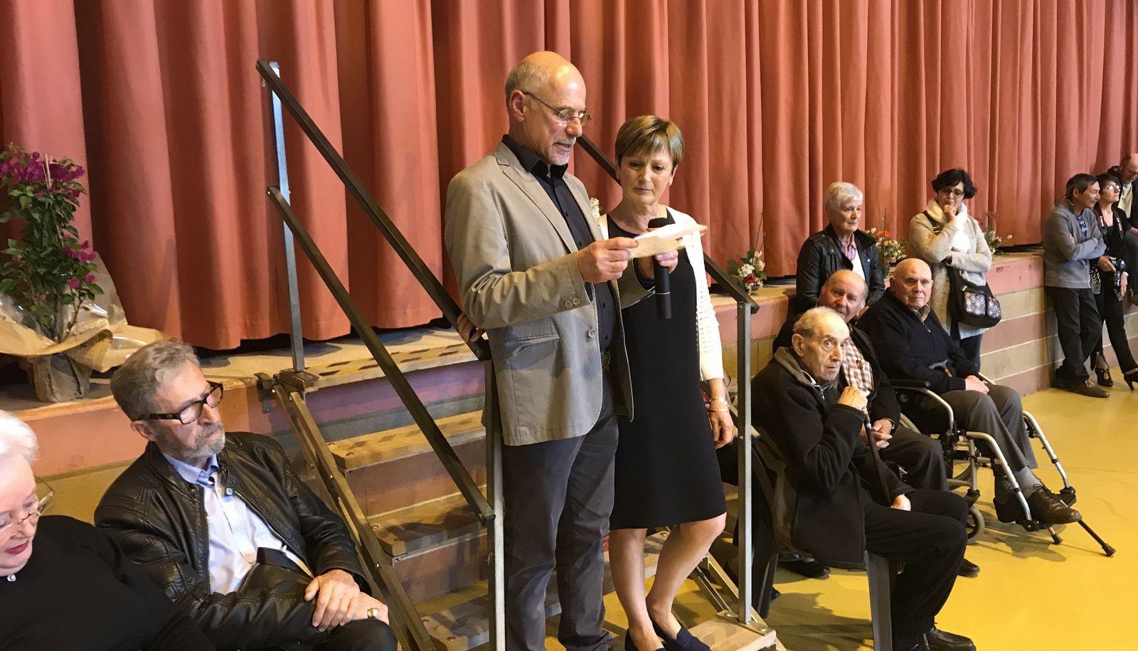 Michel Bernat, maire de Vabres, et Sébastien David, conseiller départemental du canton, étaient aux côtés du Docteur Fontayne et de son épouse.
