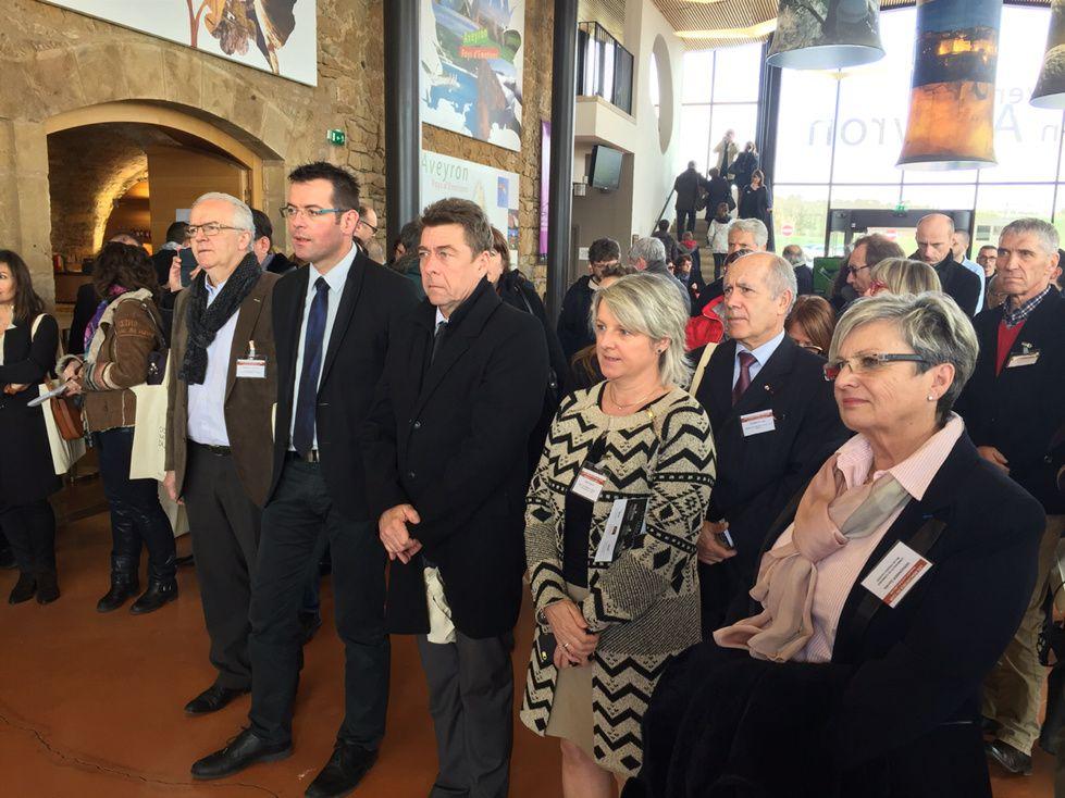 Aux rencontres nationales du pôle cuir, sur l'aire du Viaduc de Millau, avec mes collègues conseillers départementaux Jean-Luc Calmely, Christophe Laborie, Sylvie Ayot et Danièle Vergonier.