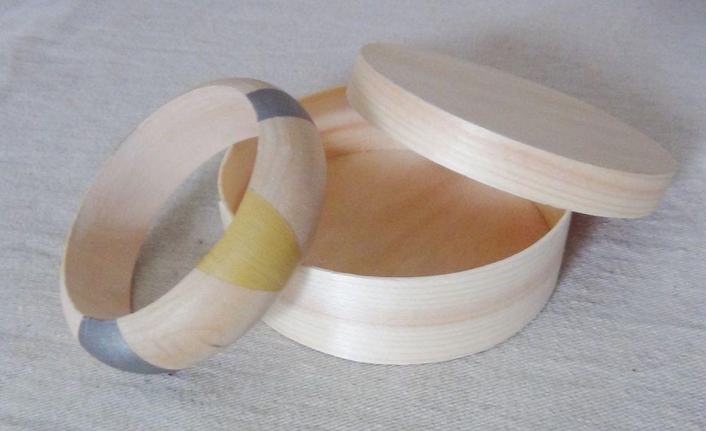 Bracelet en bois brut