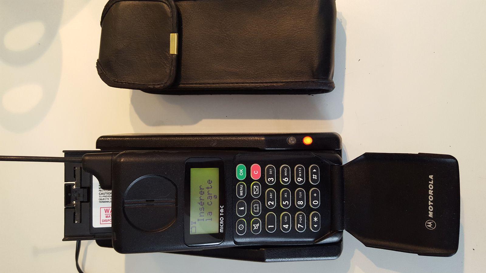 A vendre un Motorola 7500 de 1994
