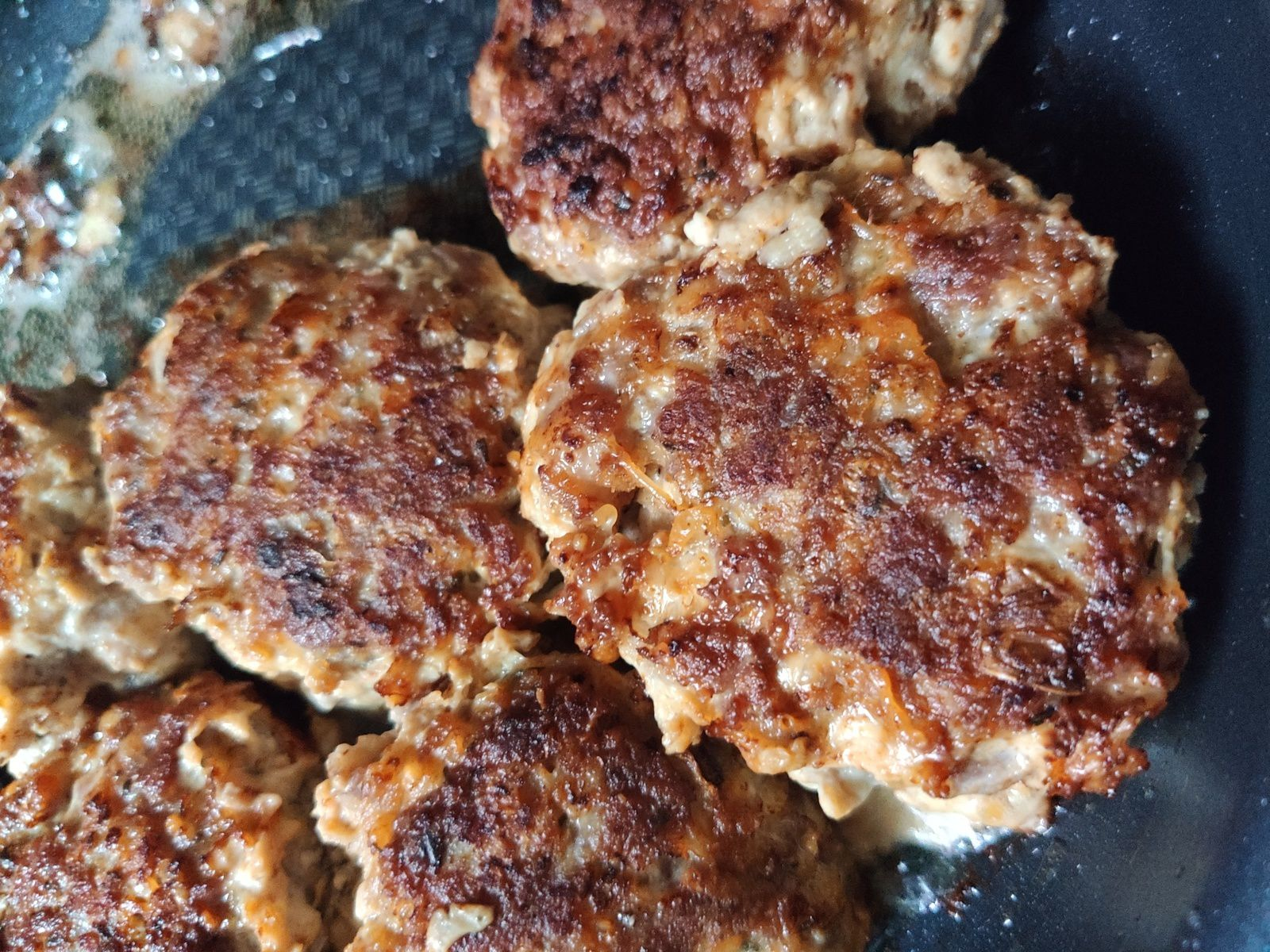 Mes croquettes végétariennes quiona équitable oignons rouges parmesan et curry .
