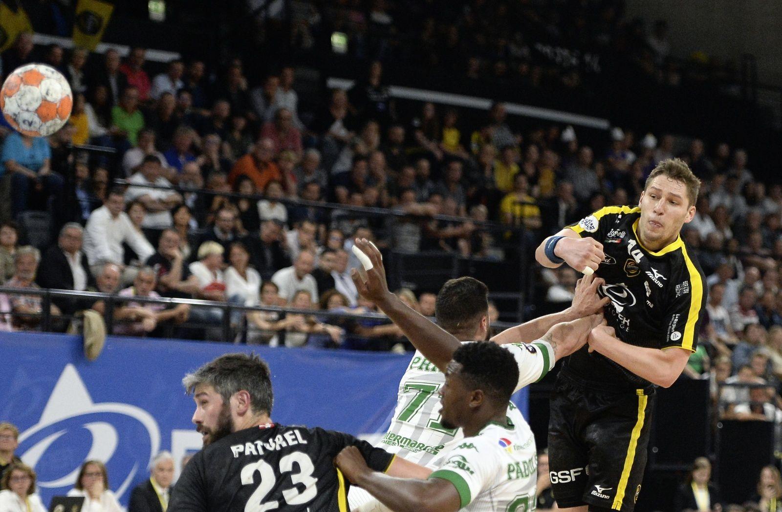 LSL Chaud contre Nîmes mais un clap de fin sur une saison grandiose, les photos du match.