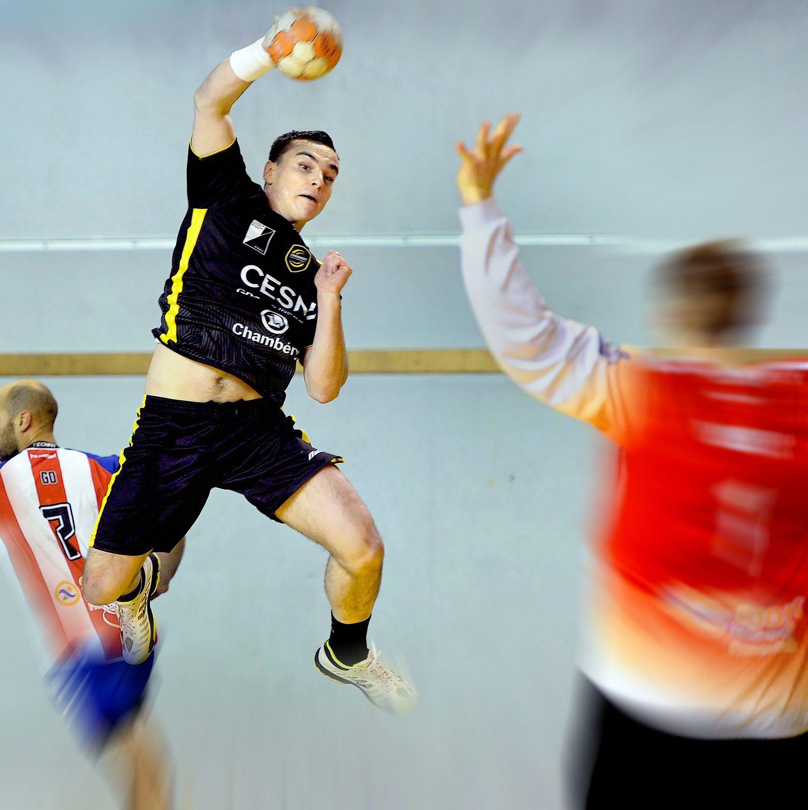 N1M Pour Mathieu VIGNERON le handball c'est toute sa vie..! mieux le connaître.