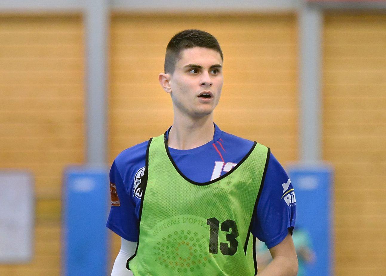 Il est très fier de transmettre son savoir-faire handballistique, Dimitri GUYET s'explique..!