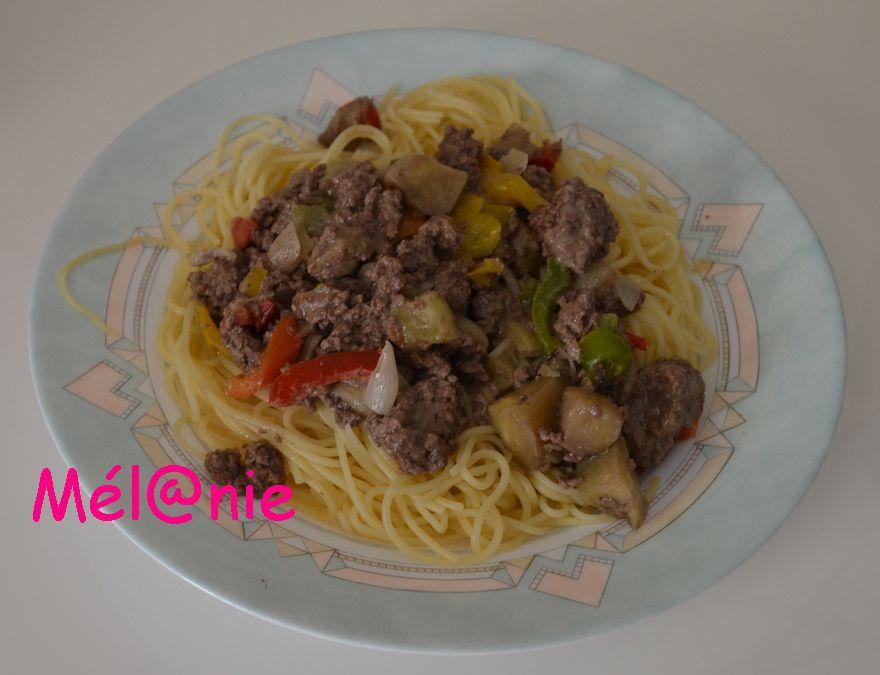 spaghetti au boeuf et aubergines