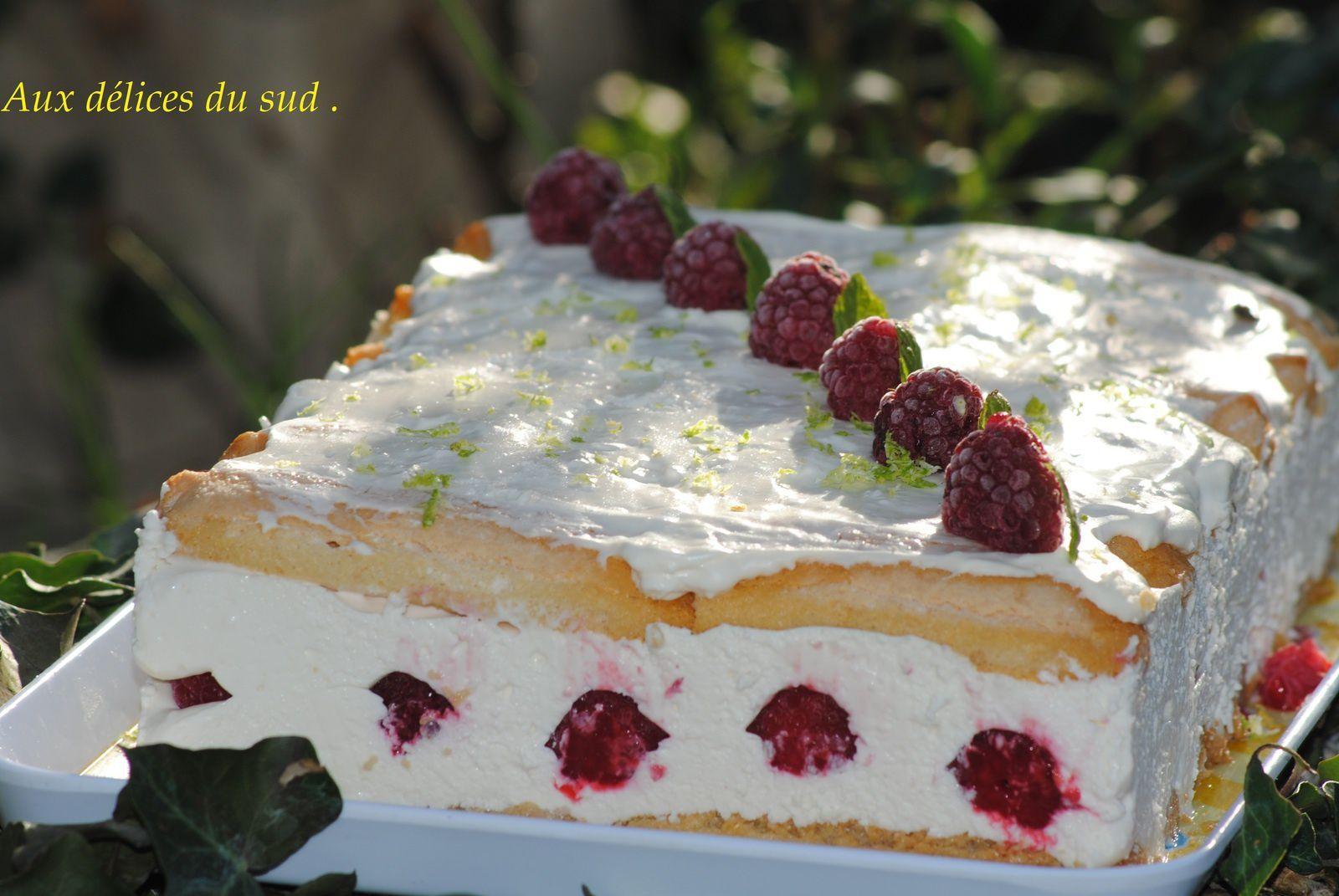Gâteau tiramisu au citron vert ,framboises .