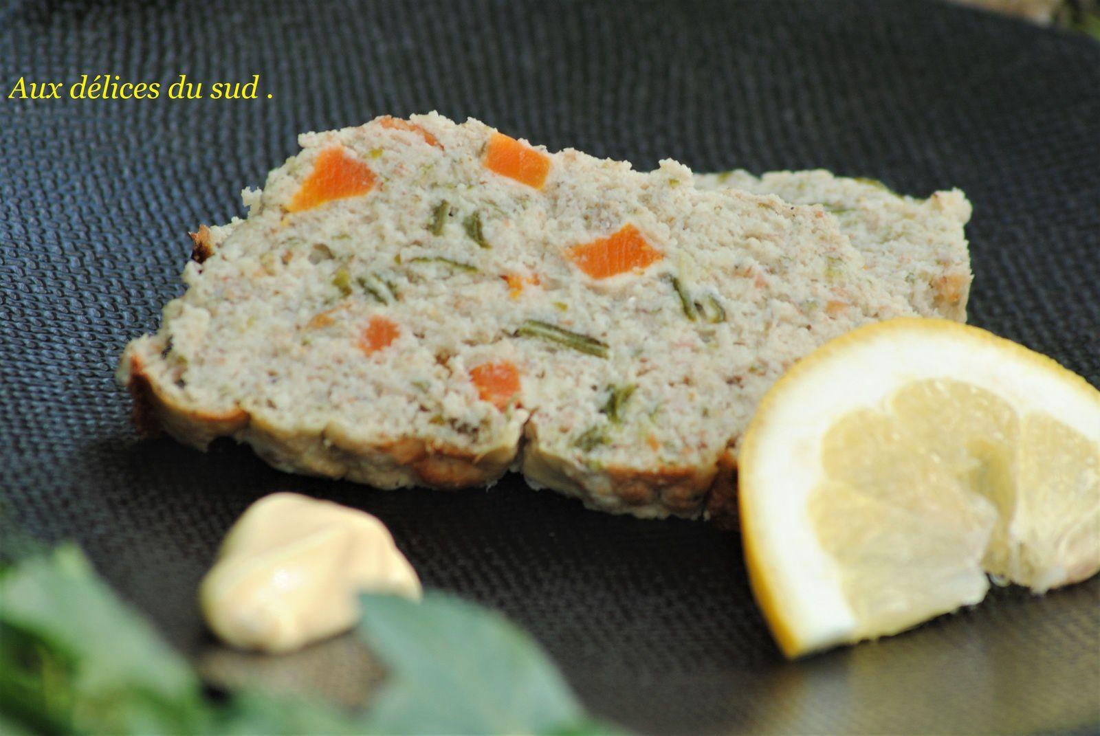 Terrine de poisson aux petits légumes .