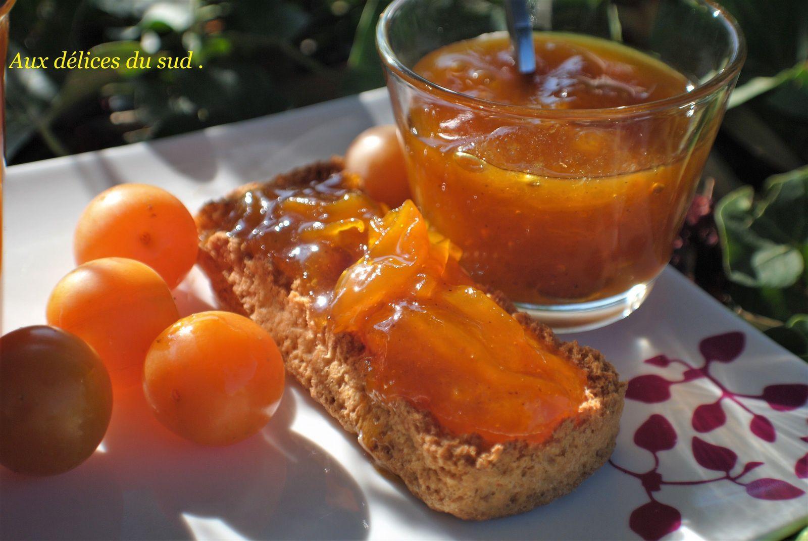 Confiture de prunes jaunes à la vanille .