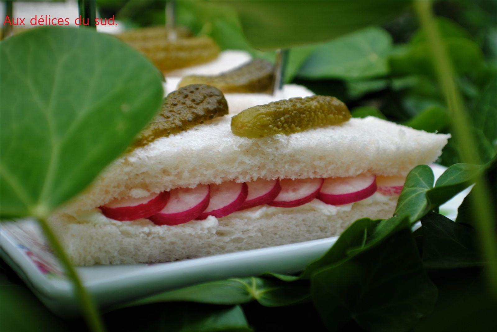 Mini club sandwich pour apéro dinatoire en visio .