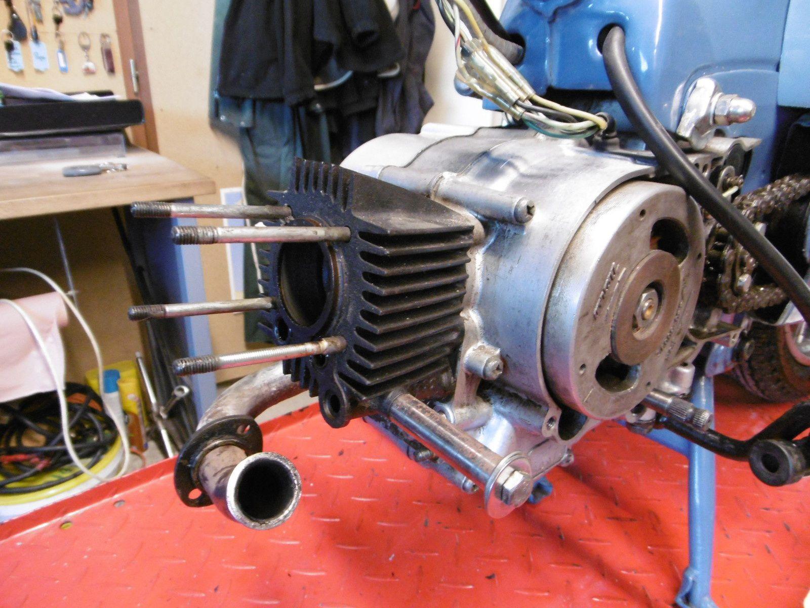 Honda C100 49,9 cc Remise en route