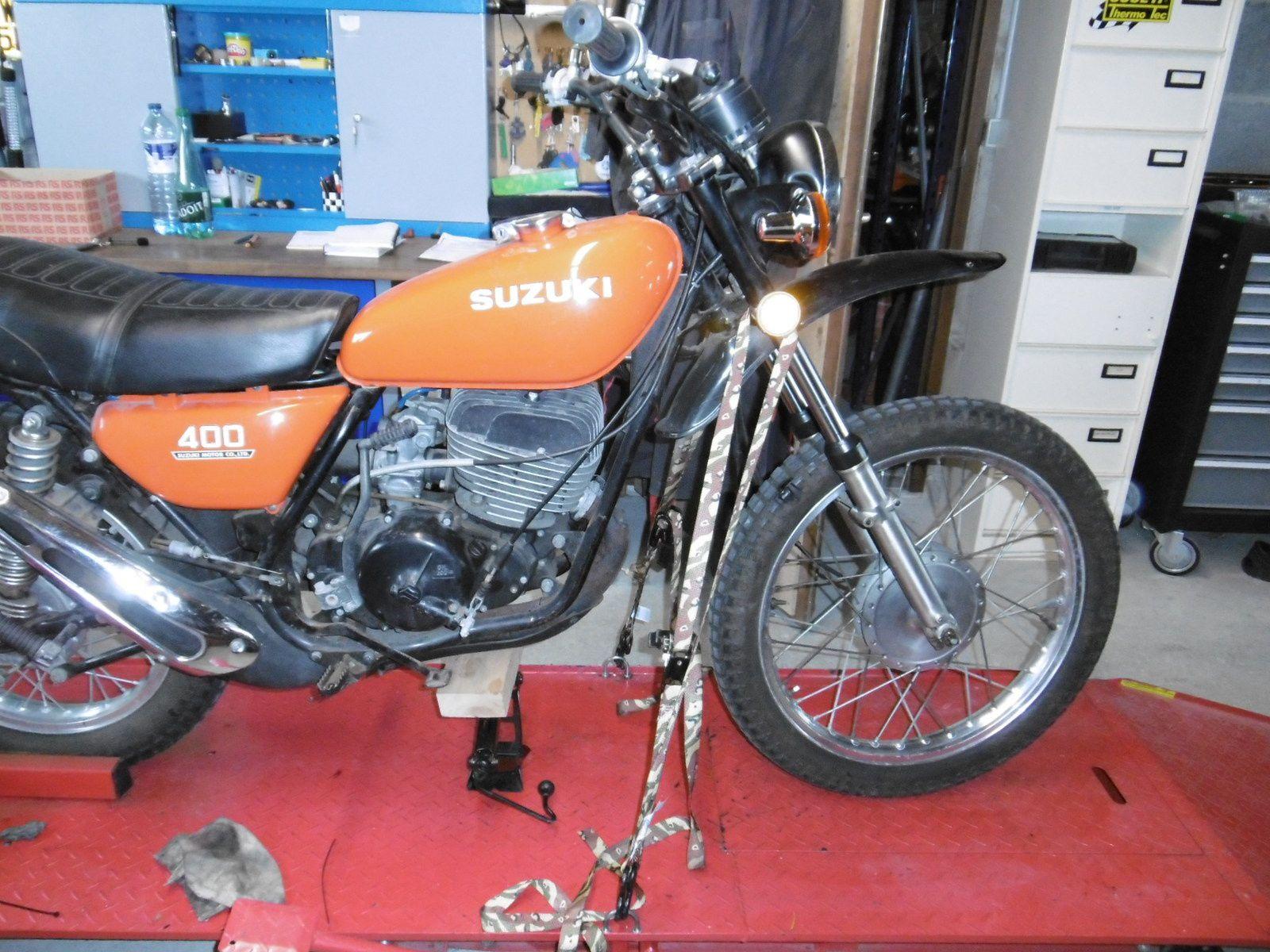 Suzuki TS 400 de 1976 Mise en vente par le client.