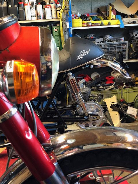 Honda Cb 750 K2 .TERMINEE