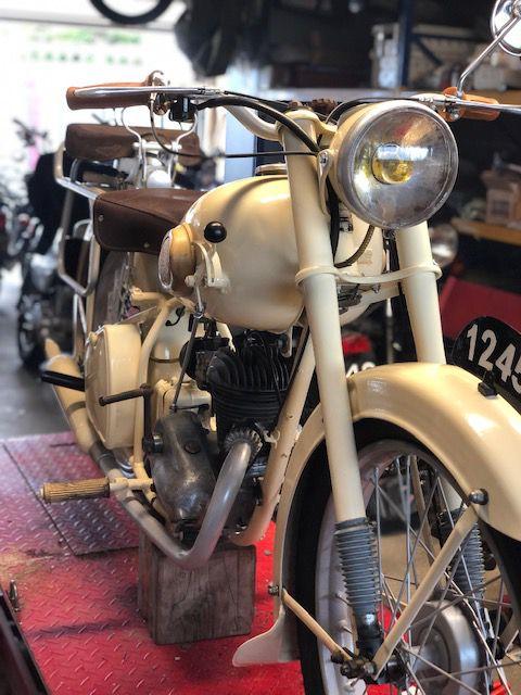 Restauration Peugeot 125 P55 GLT de 1952