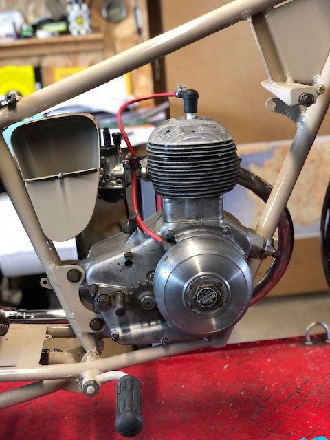 MOTOCONFORT C45S venant de Bruxelles . Réfection moteur et moto à remonter