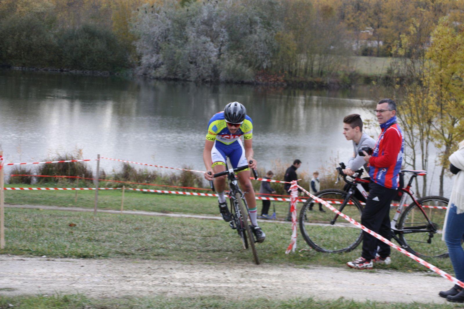 Michaél  SZKOLNIK  est  revenu  à  la  3e  place