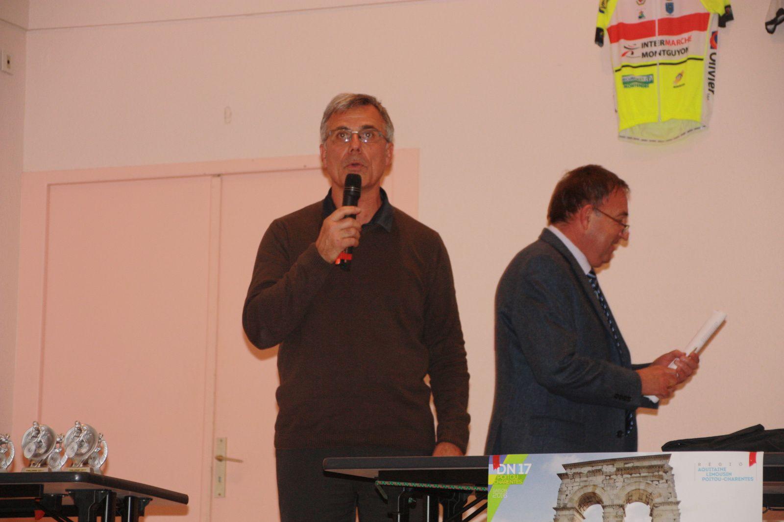 Gérard DAMIENS  le président  du  CD  et  Alain  LAGARDE  l'animateur.