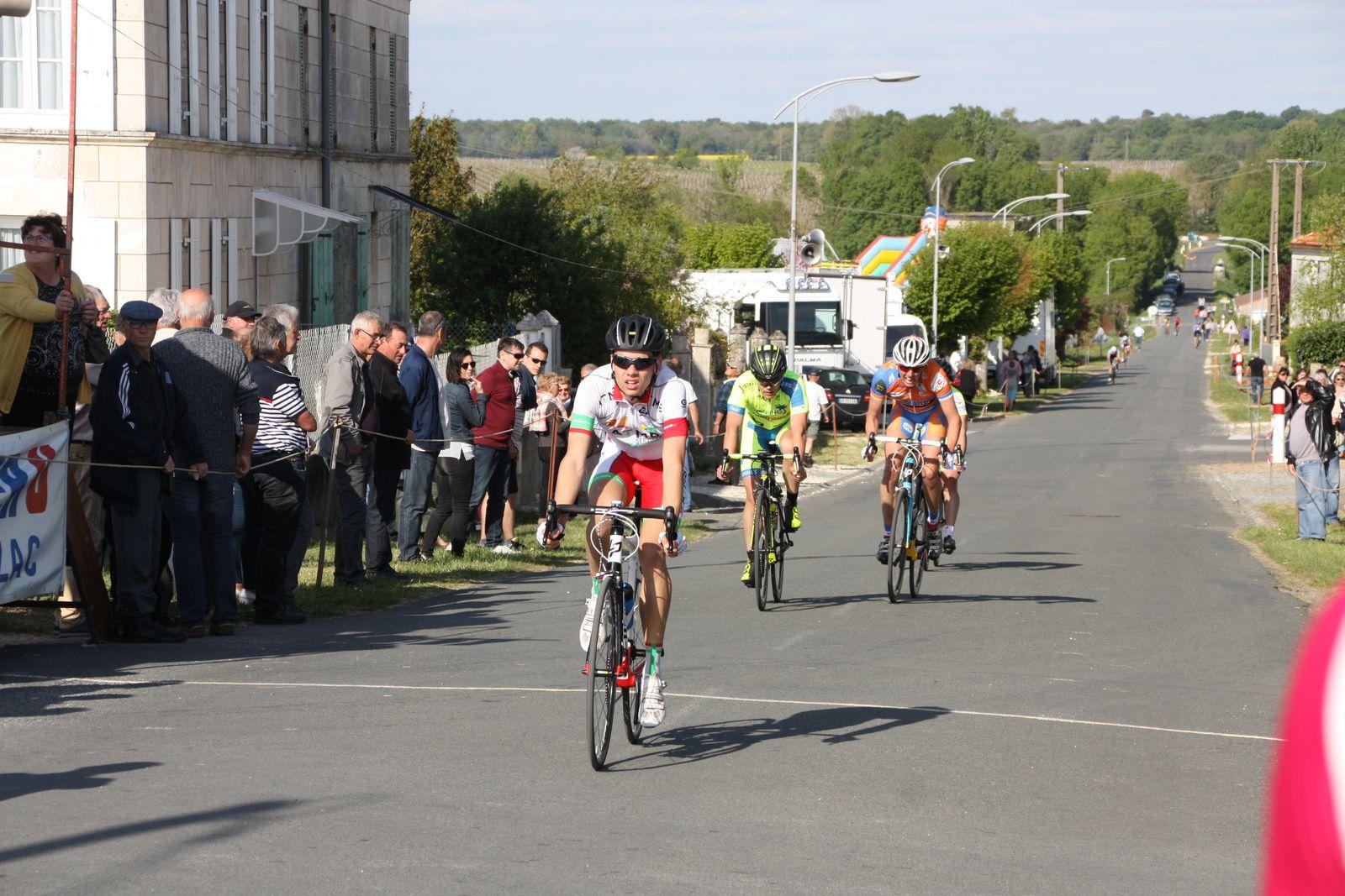 19e  Cyril  VIGIER(VCC  Marennes), 20e  Grégory  GAILLARD(UVA).