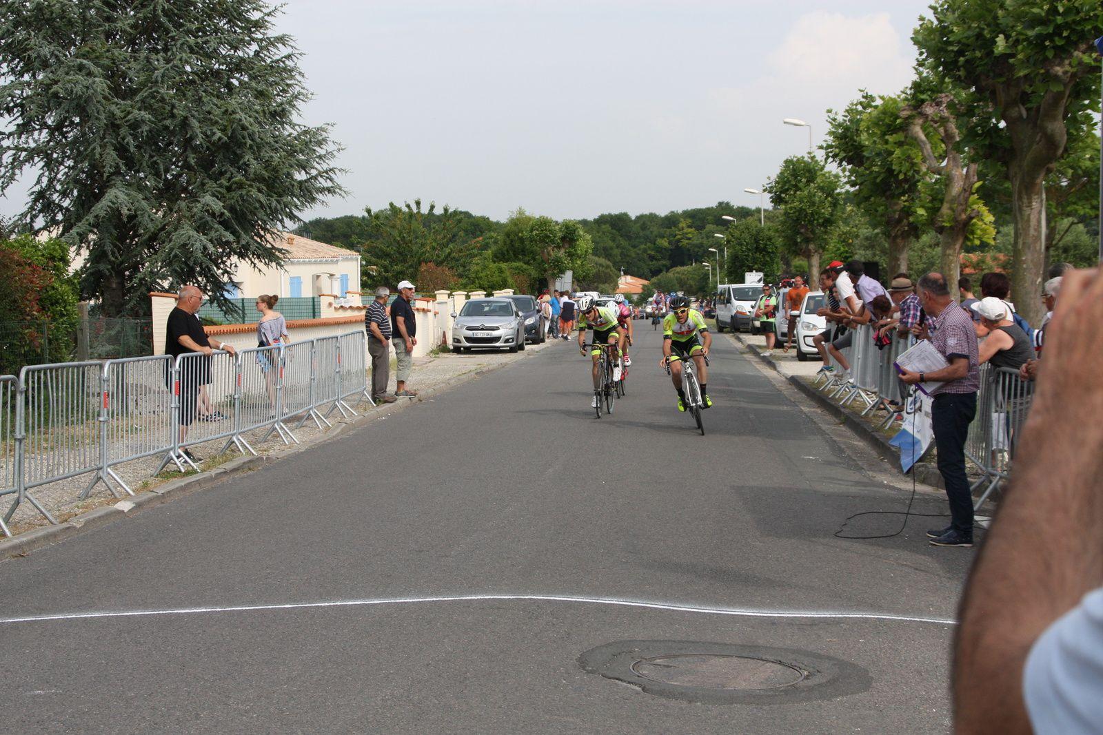 10e Florian  LOIZILLON (EC 3M), 11e  Romain  BELON(EC 3M)