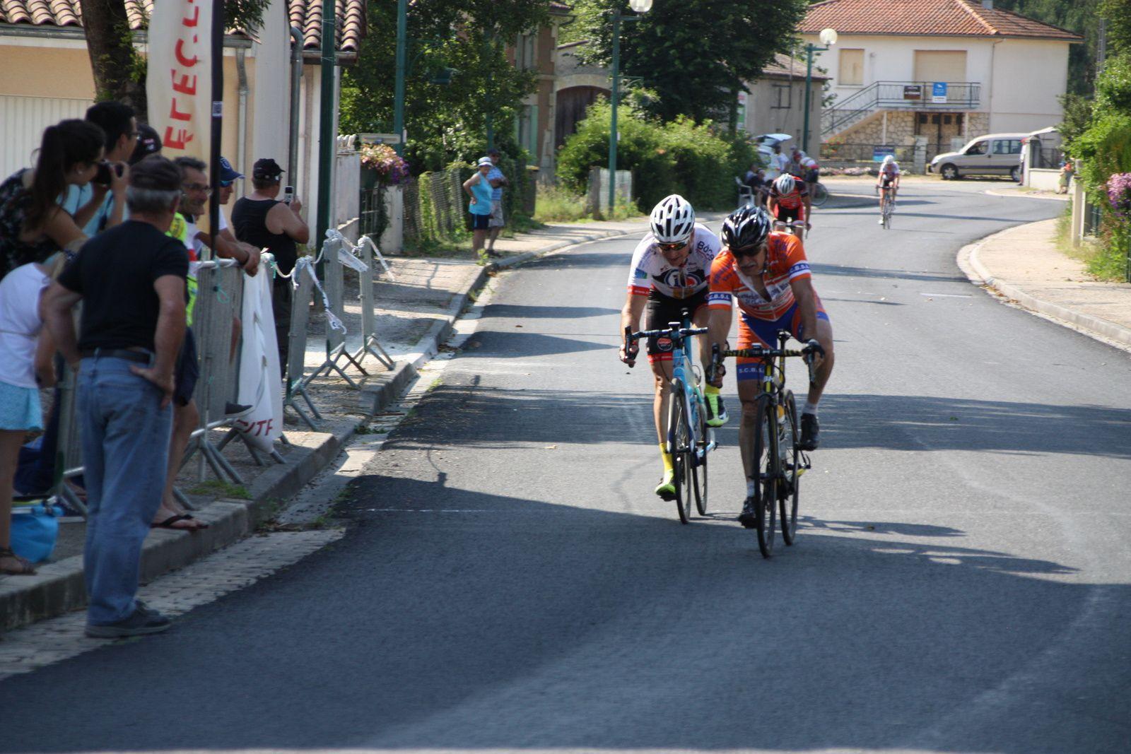 11e Thierry  SENTUC(SC Braud St louis), 12e  Philippe  NADON(AC 4B)