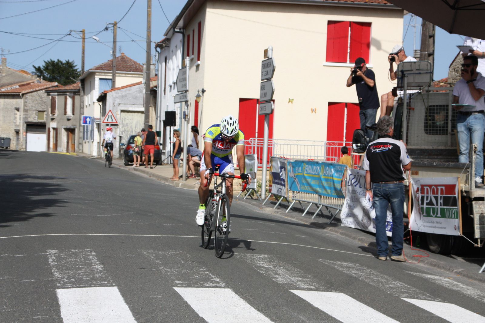 13e  Frédéric  DUPRAT(AC  Jarnac-Aigre-Rouillac)