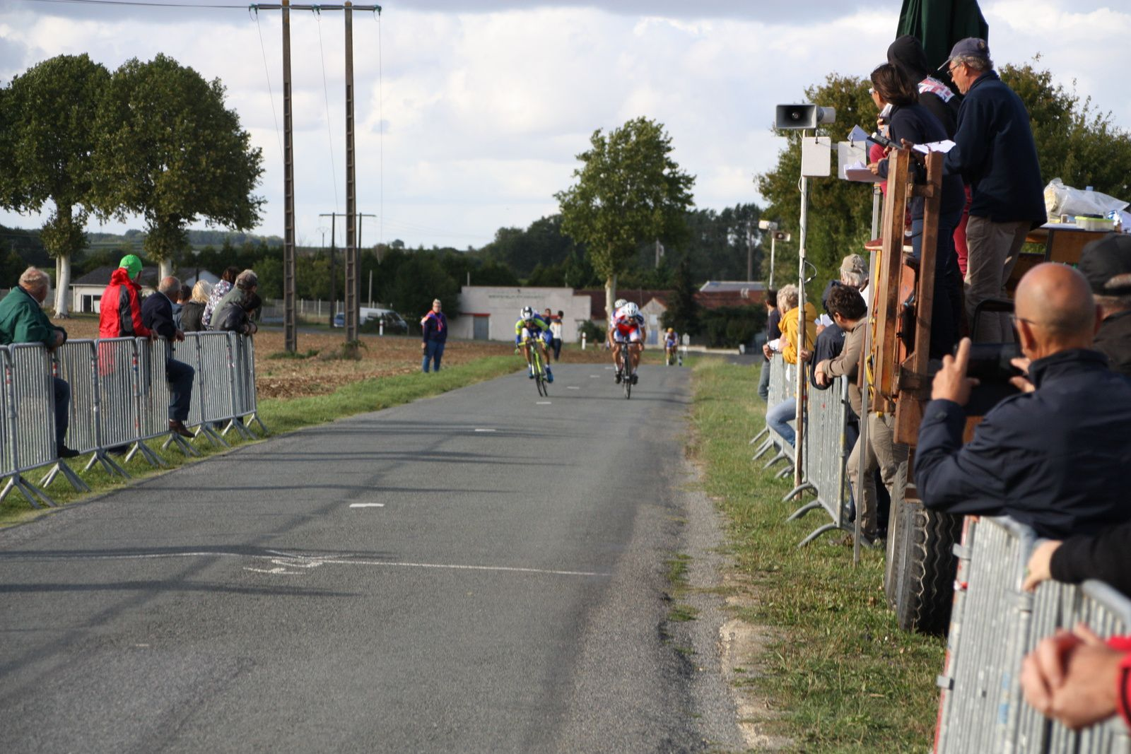 2e  Valentin  CARLI(UC  Dalencon Damigny), 3e  Emmanuel  HERBRETEAU(AC Jarnac-Aigre-Rouillac)
