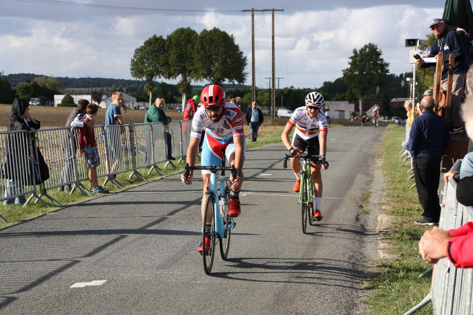 10e  Julien  RANSINANGUE(VC  Charente-Océan), 11e  Tom  MAINGUENAUD(P  St  Florent)