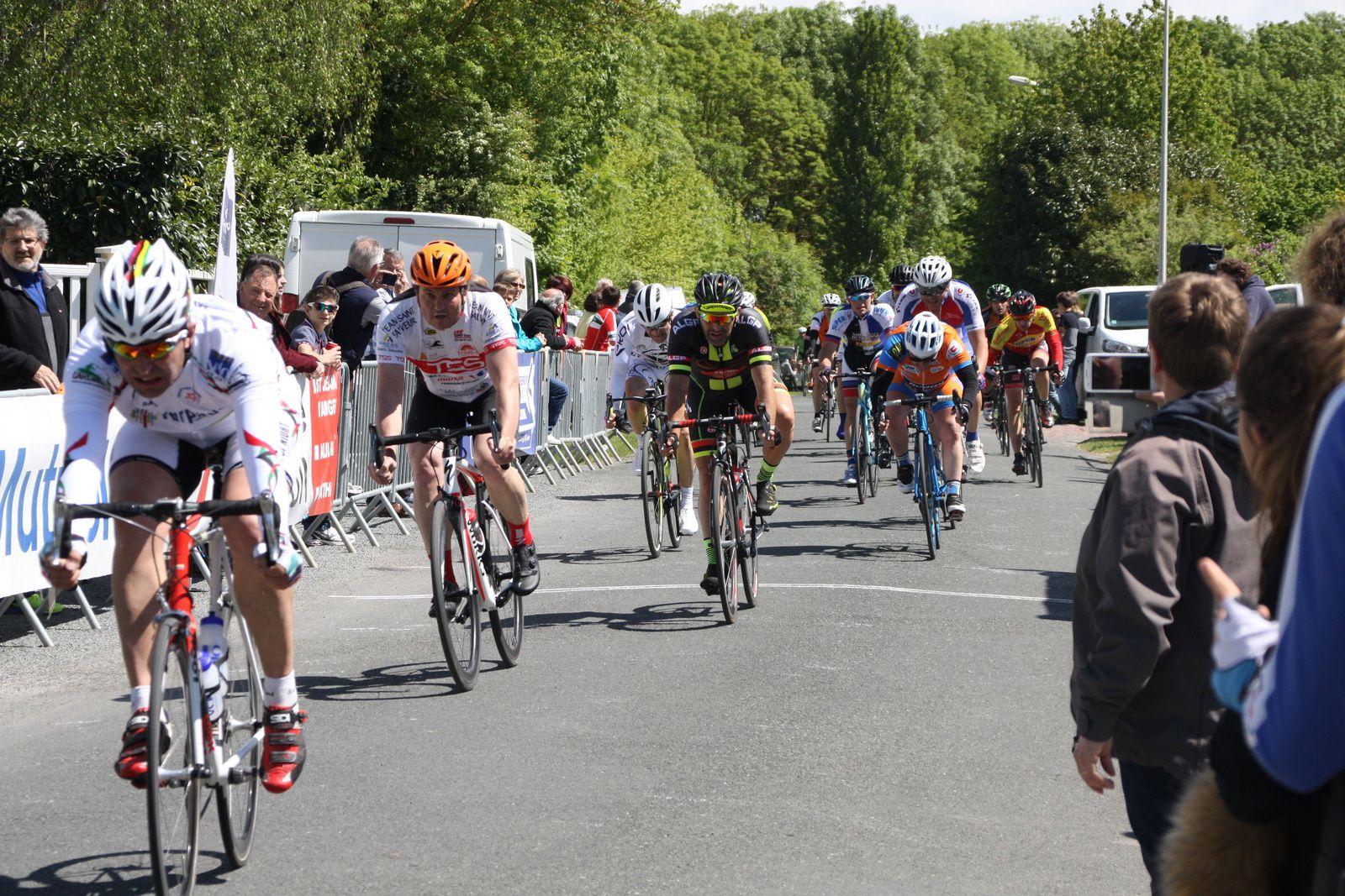 4e   Sébastien  AIME(P  St  Florent), 5e  Emmanuel  DAZY(T  St  Sauveur)