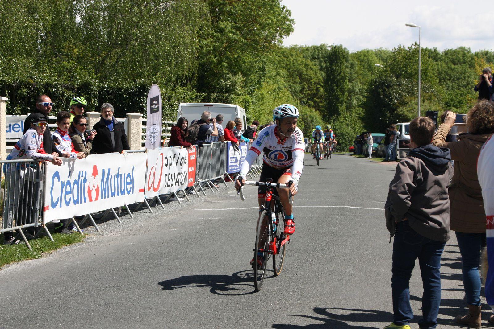 La  victoire  pour  Jean-Paul  GIRAUD(AC 4B)