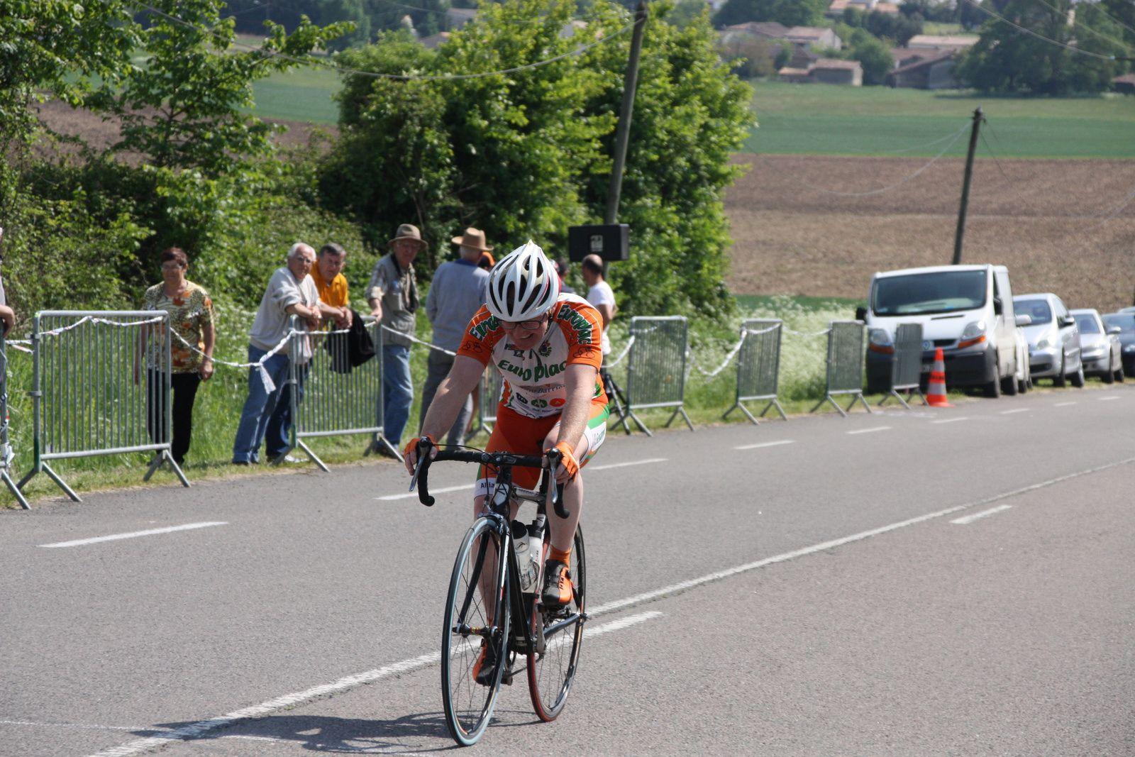 12e  Sébastien  LAURIERE(P  Jonzac), 15e  Laurent  RULLIER(EC 3M), 17e  Cyril  FAVRAUD(EC 3M), 18e  Jean-Yves  MICHAUD(VC  Rochefort)