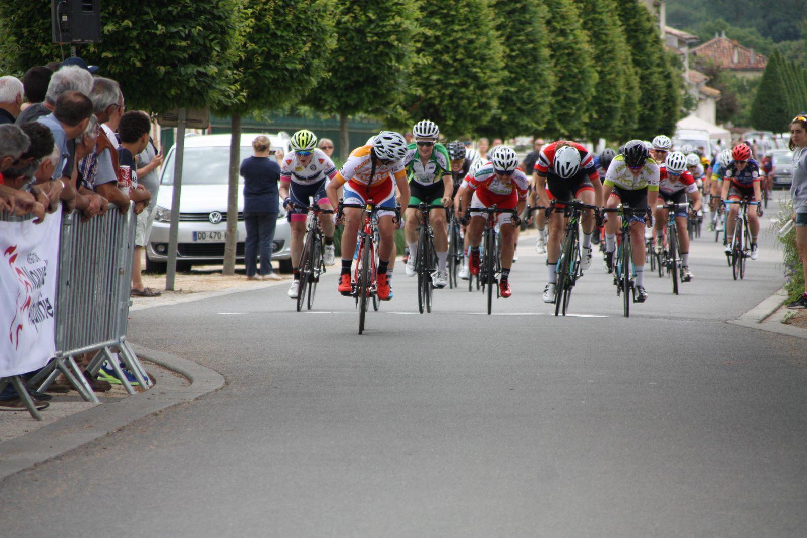 4e  Lucie  JOUNIER(US Vern), 5e  Manon  MINAUD(CD 85), 6e  Mélanie  GUEDON(UC Montoire), 7e  Amandine  FOUQUENET(CD  Mayenne), 8e  Gladys  VERHULST (VC  Aiglon), 9e  Victorie  GUILMAN(EC 3M), 10e  Aurore  VERHOEVEN (G  Bordeaux), 11e  Audrey  MENUT(Creuse O), 12e  Justine  GEGU(CD Mayenne), 13e  Coralie  HOUDIN(CD  Mayenne), 14e  Jade  FARGIER(I L'Isle Jourdain), 15e  Lisa  GUERIN(CD Mayenne), 16e  Leah  RIBERO (CSM  Villeneuve la Garenne), 17e  Caroline  DEGUY(Eure C), 18e  Thérésa  HOEBANCKX (VC  Aiglon), 19e Maéva  RIGOREAU(Centre Val de loire), 20e  Clémence  JOLLY(CD 85), 22e  Pauline  ALLIN(APOGE), 26e  Anais  MORICHON(FS St Hilaire), 27e  Marie-Sarah  SOUCHON(Côte de Beauté C), 37e  Lucie  LAHAYE(UVA).