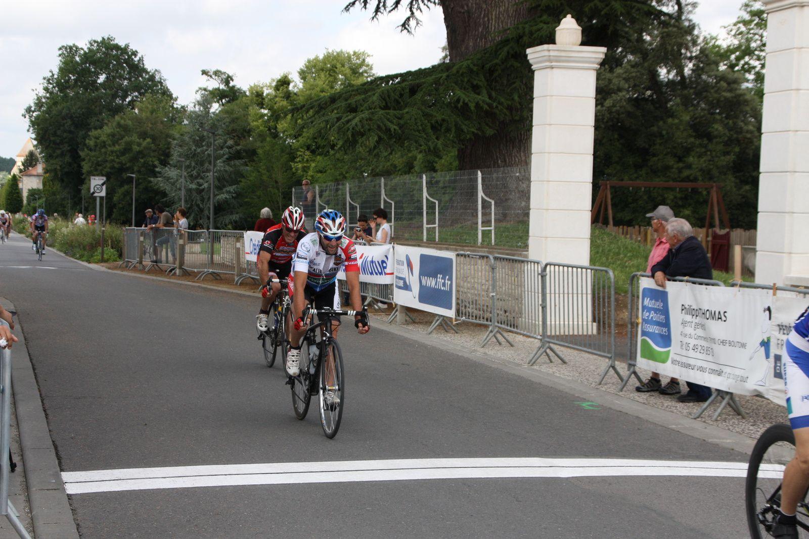 12e  Alain  GEMAUX(VCCO), 13e  Thierry  LARGEAU(CC  Vervant)