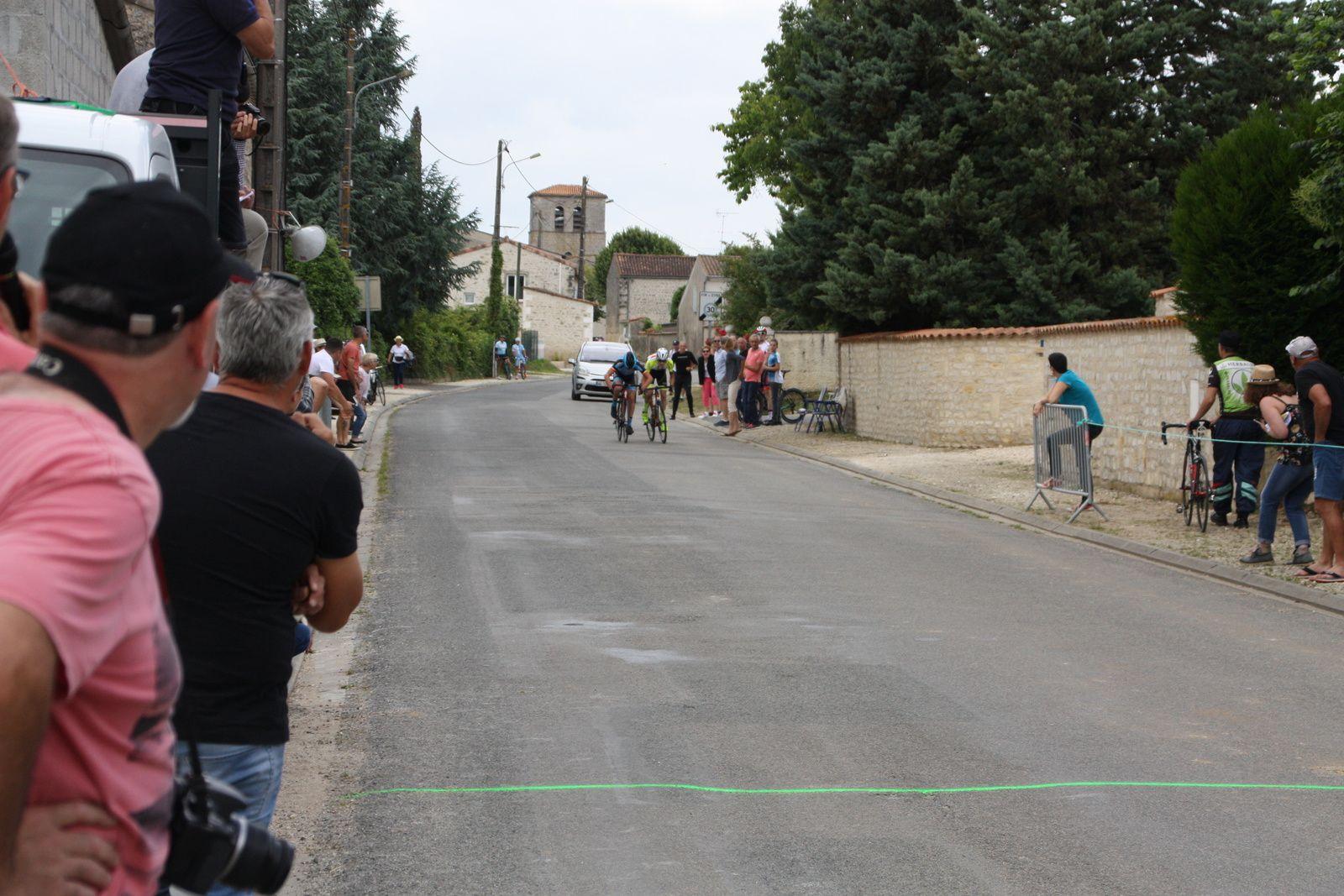 5e  Grégory  POUVREAULT(VC  Saintes), 6e  Simon  BRUET(EC 3M)