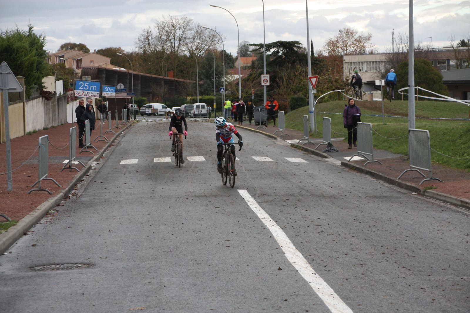 3e  Julien  BENOIT(VC  Charente-Océan), 4e  Alice  BARBOTIN(IBC  Isles Jourdain)