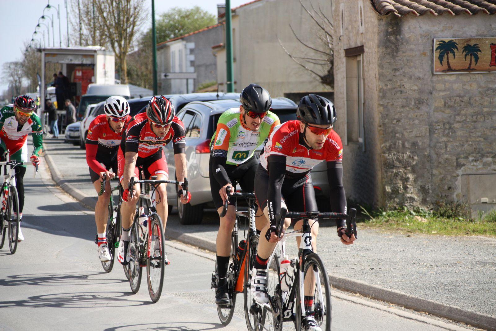 Ils sont  maintenant  5  en  tête avec  Nicolas LEBOEUF, Sébastien  POTIRON et  Lucas  PAPIN