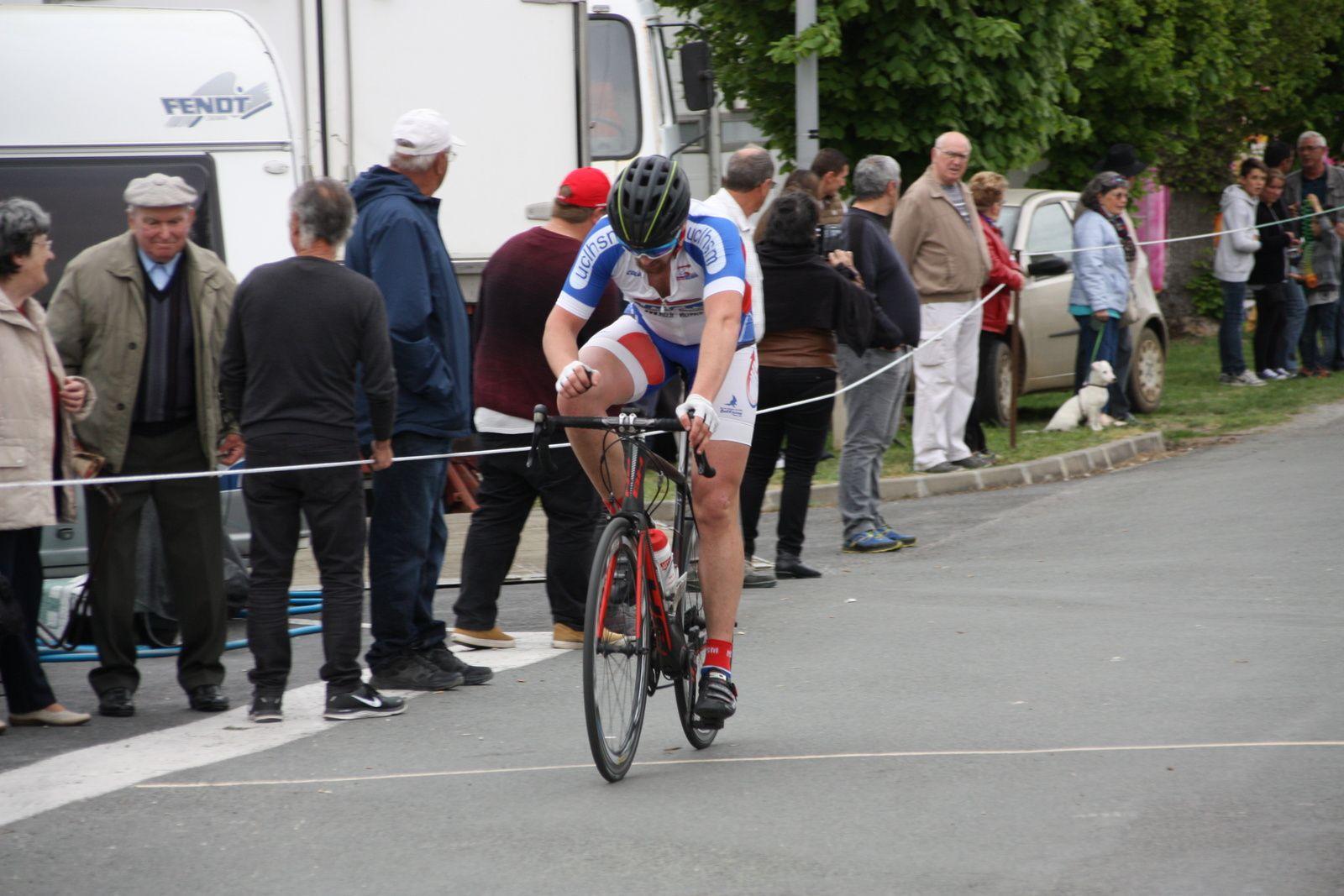 15e  Romain  MORO(UC Le Haillan)