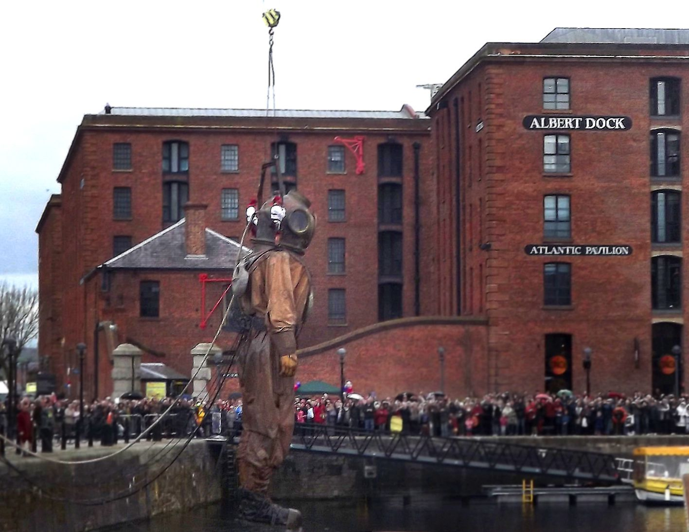 ROYAL DE LUXE LIVERPOOL SEA ODYSSEY 2012