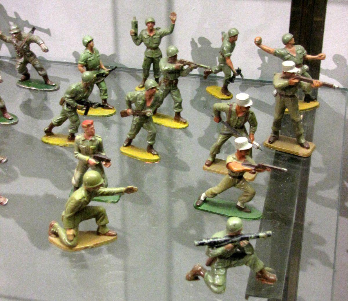 Soldats de la seconde Guerre mondiale, musée du jouet de Poissy