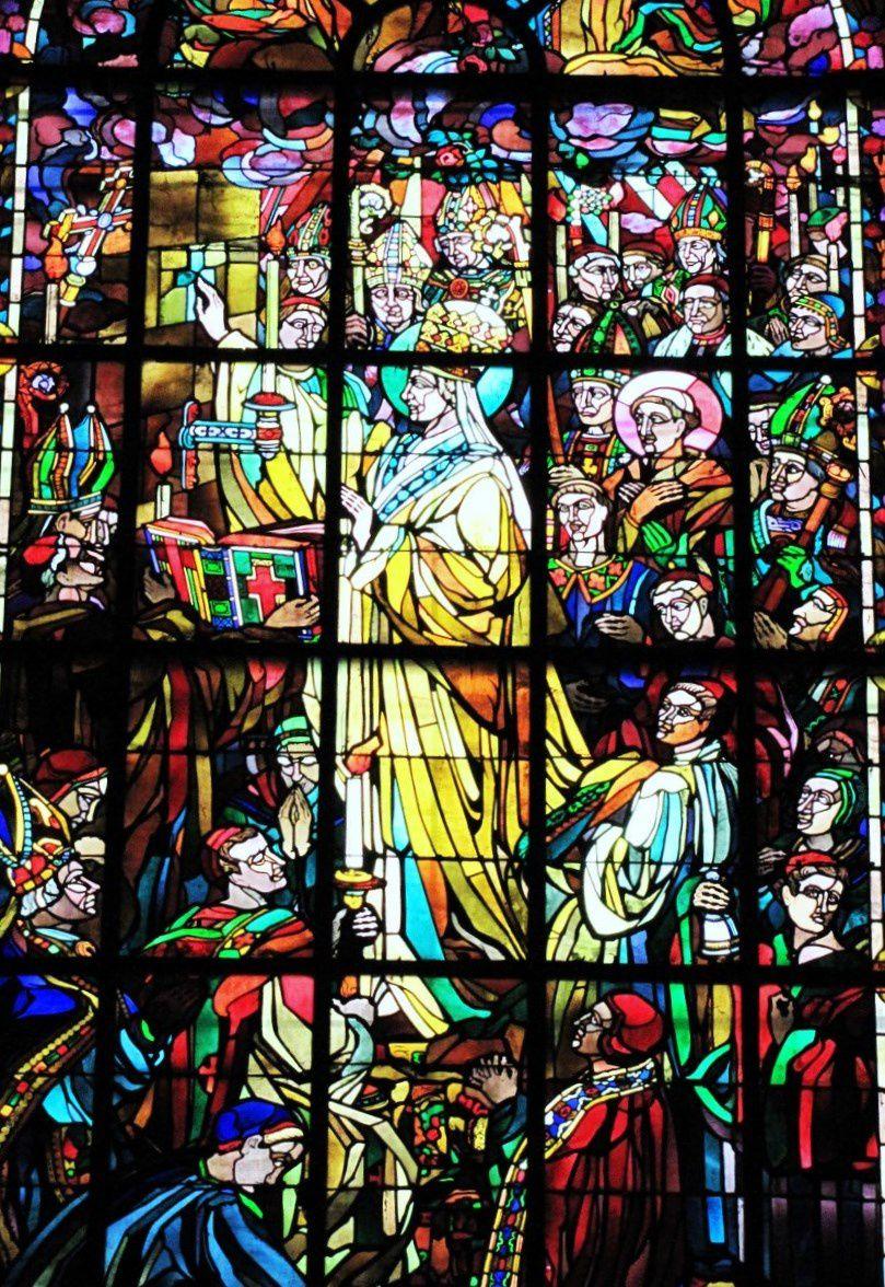Vitraux (1/2) de la cathédrale de Verdun