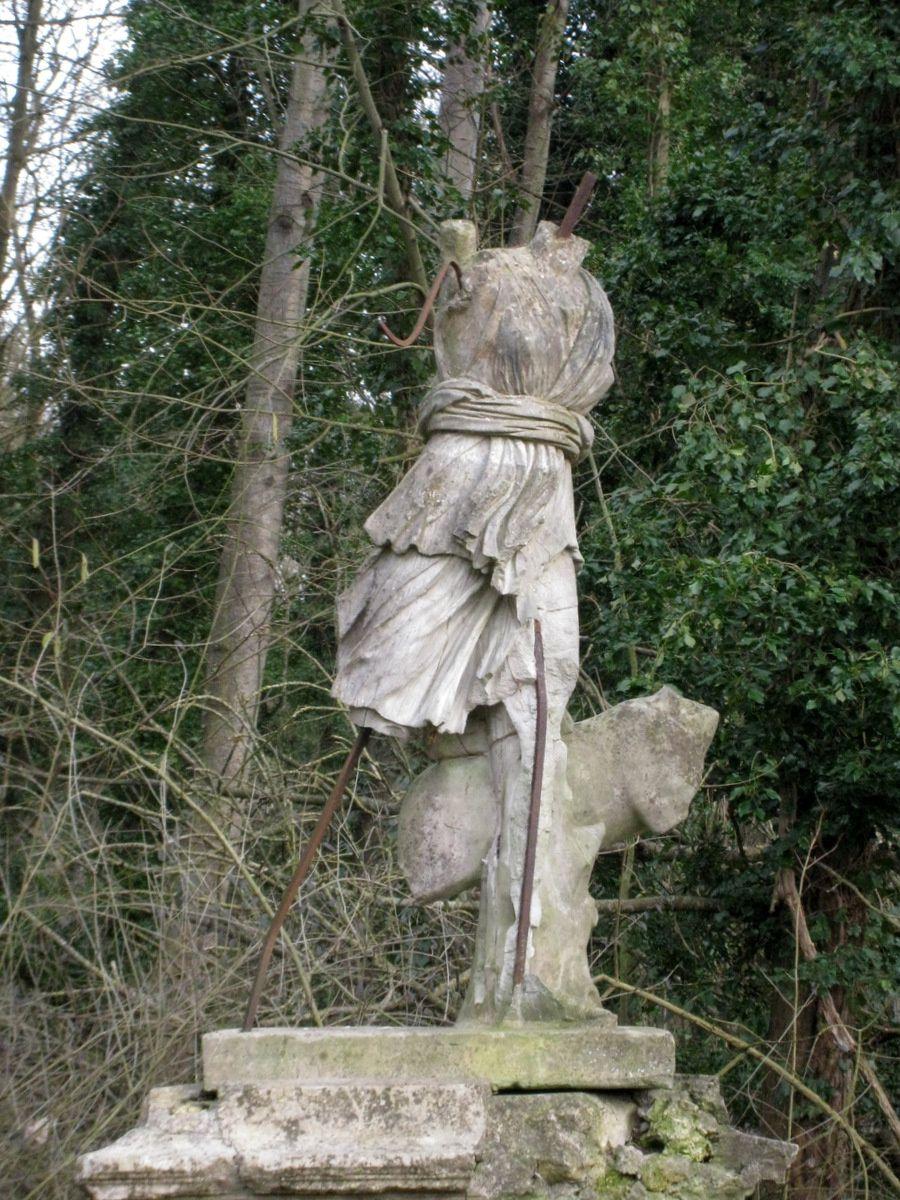 Statue du parc de Grouchy, Osny